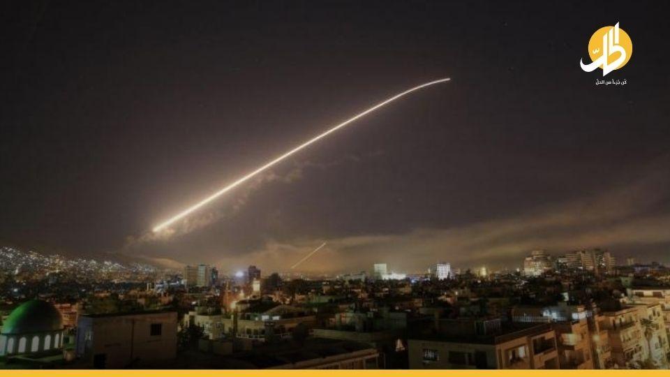 """رداً على صاروخ """"طائش"""".. إسرائيل تقصف قاعدة الدفاع الجويّة السوريّة بريف دمشق"""