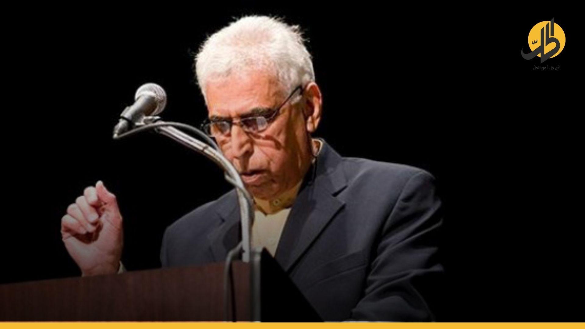 """رحيل """"سعدي يوسف"""": شاعر التمرّد طوالَ نصف قرن!"""