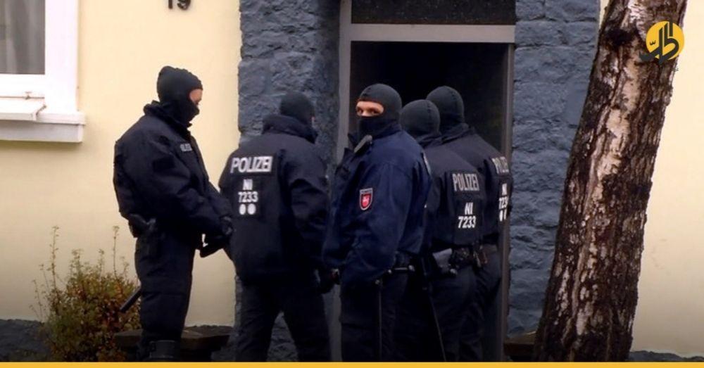 """الشرطة الألمانية تداهم 10 مواقع في """"فرانكفورت"""" لملاحقة مشتبهين بتمويل «داعش» في سوريا"""