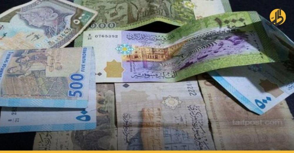 بعد قسم الأسد.. الدولار يتخطى حاجز الـ 3250 ليرة سورية
