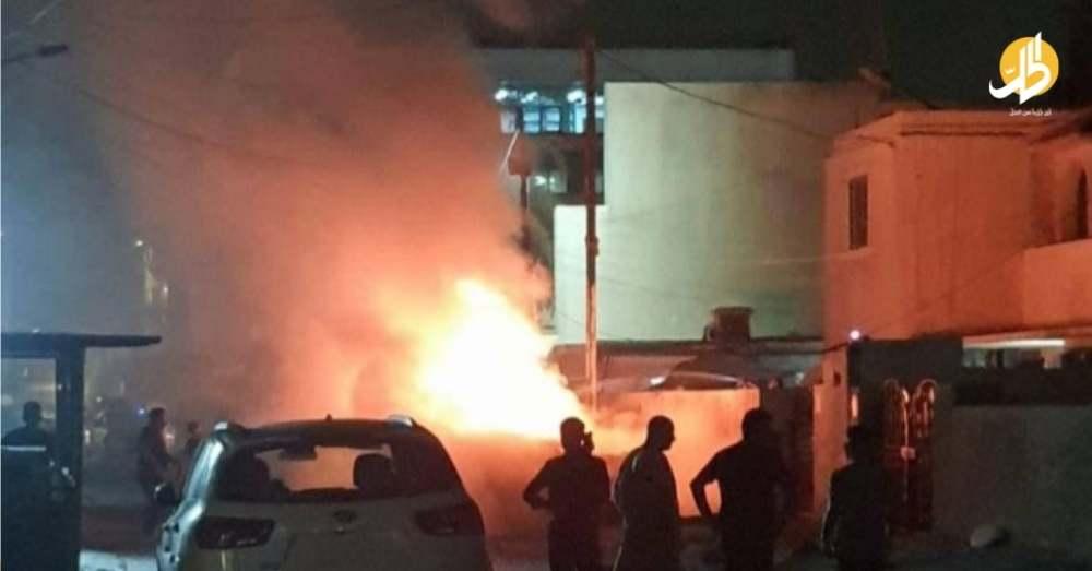 انفجار في الكرادة ببغداد.. وفيديو يوثّق لحظة لصق العبوة أسفل عجلة مركونة بالعرصات