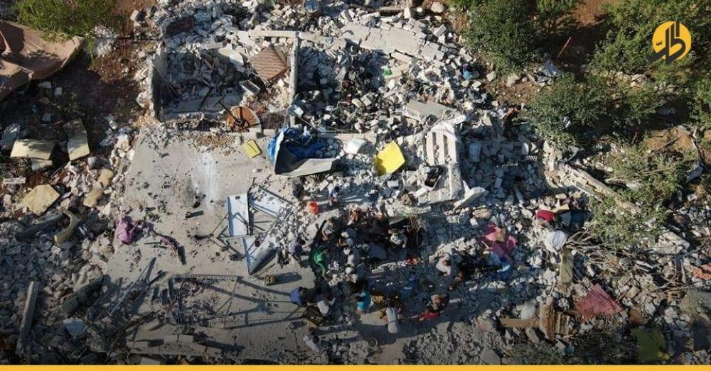 """صواريخ """"كراسنبول"""" الروسية تقتل سبعة مدنيين في إدلب بينهم نساء وأطفال"""