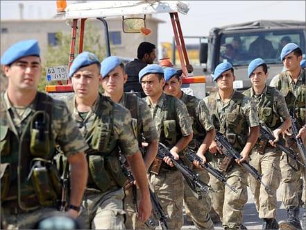 إدانة عساكر أتراك بسبب اعتراضهم شاحنات متوجهة إلى سوريا