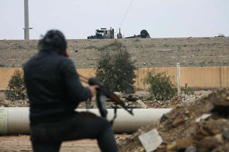خروج قائد في داعش إلى تركيا.. والحسبة تفرج عن نساء معتقلات في ديرالزور