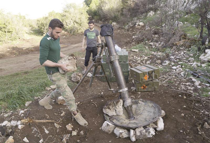 اللاذقية: 100 قذيفة لقوات المعارضة على مواقع النظام