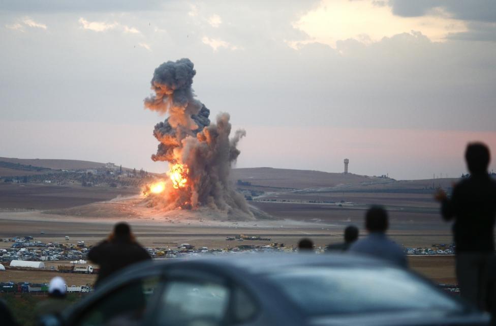"""لقد حان وقت إرسال القوات """"لركل غباء داعش"""""""