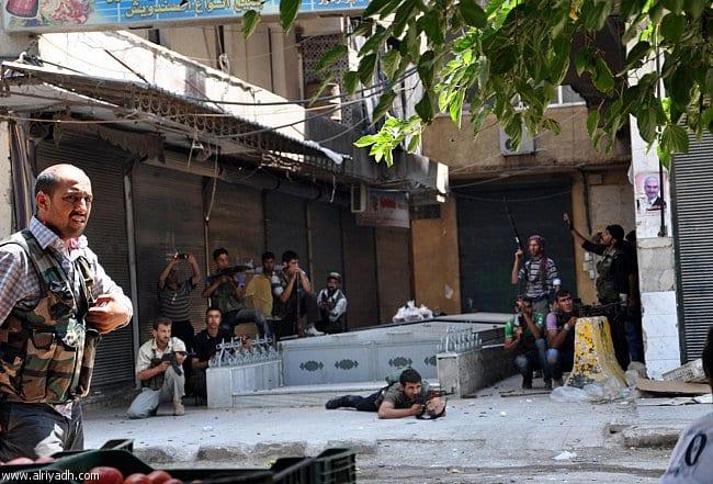 حلب: استمرار المعارك في المدينة.. وسقوط 30 عنصراً لحزب الله في كمين للمعارضة