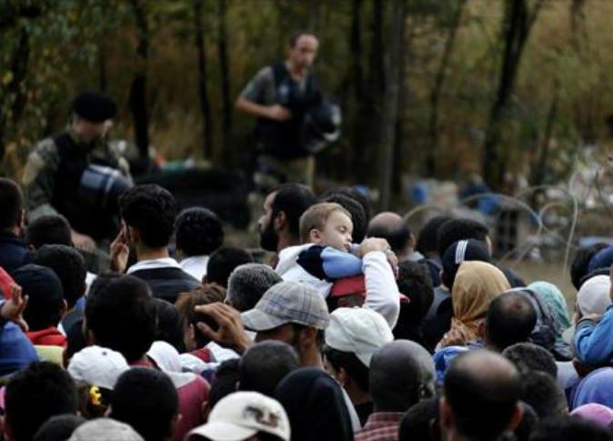 التشيك توقف اعتقال اللاجئين السوريين المتهجين إلى ألمانيا