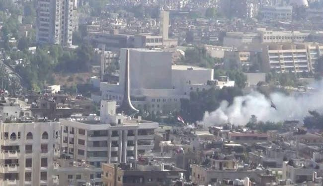 قذائف مجهولة المصدر تقتل عشرة أشخاص في أحياء دمشق