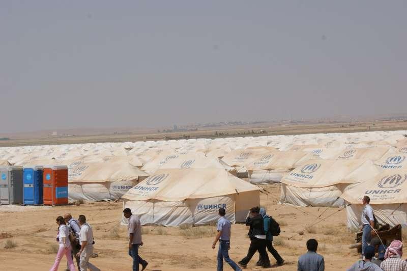 الأردن يطلب 8 مليارات دولار لمساعدة اللاجئين حتى 2018