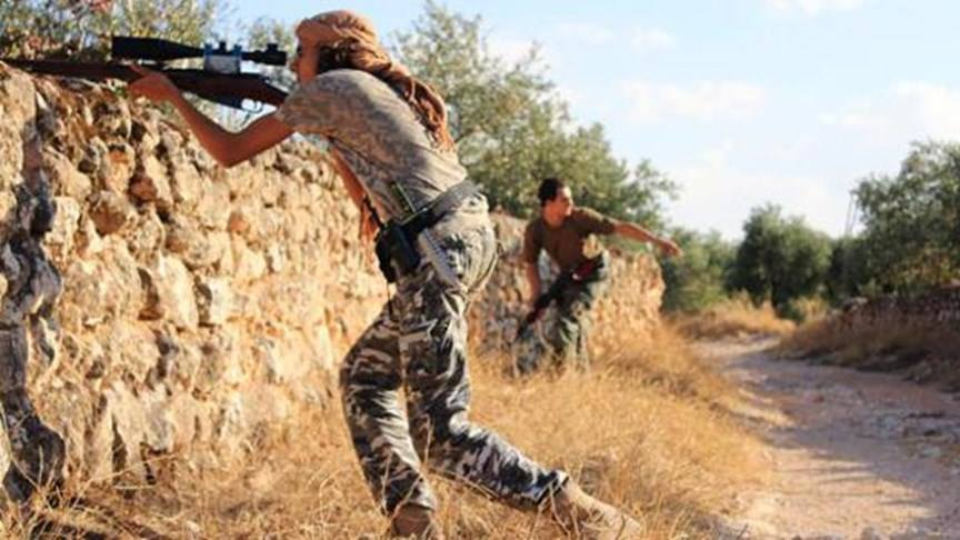جرحى بقصف روسي على ريف درعا.. والمعارضة تستهدف مواقع للنظام في المدينة