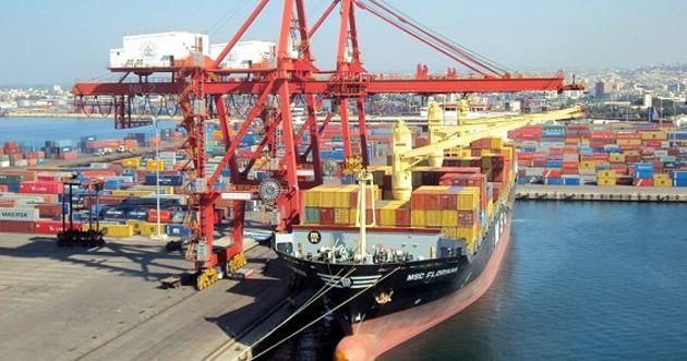 إيران ستخفض الرسوم الجمركية على البضائع من مناطق النظام