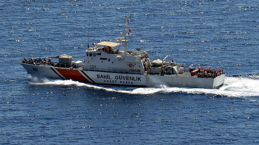 خفر السواحل التركي ينقذ أكثر 86 ألف مهاجر خلال عام 2015