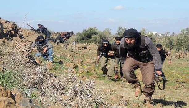 المعارضة تتقدم في حي المنشية.. وضحايا بقصف للنظام على أحياء درعا