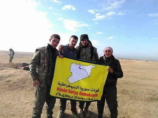 عاصفة رملية تخفض وتيرة الاشتباكات بين داعش وقوات سوريا الديمقراطية في الحكسة