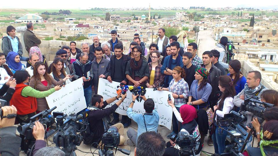 """""""لا للصمت"""".. دعوة من القامشلي لوقف القصف على مدينة نصيبين التركية"""