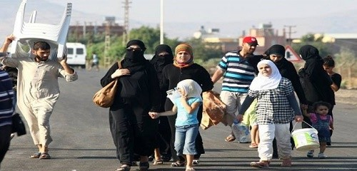 عودة آلاف النازحين إلى بلداتهم بريف درعا الغربي بعد هدوء المعارك