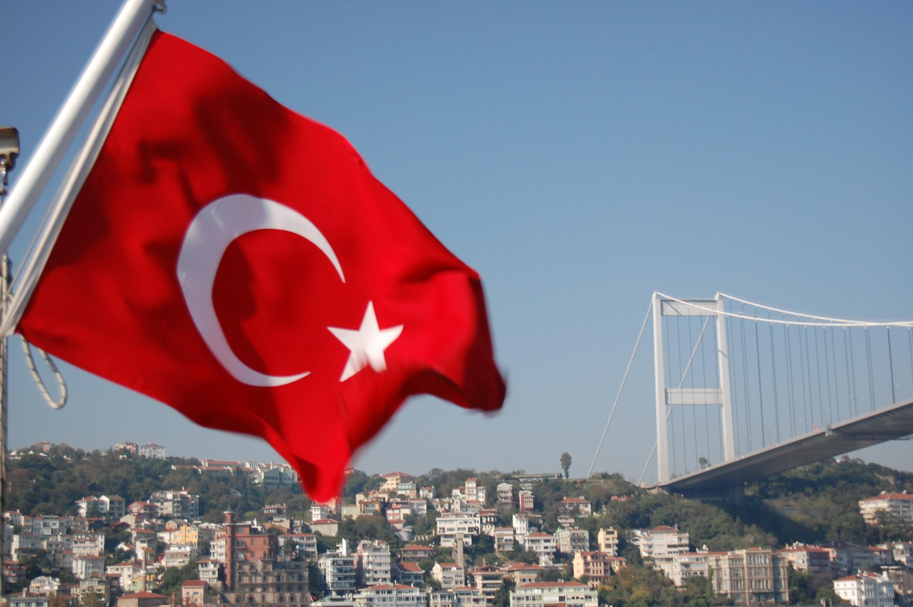 تركيا تعلن عن إجراءات جديدة بخصوص استصدار إقامة السوريين على أراضيها