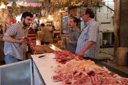 على خلفية ارتفاع الدولار..كيلو لحم الخاروف بـ6آلاف ليرة والسكر بـ450