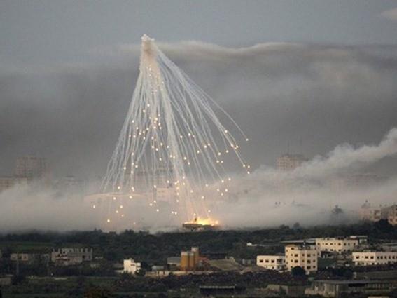 أكثر من 300 غارة بالعنقودي والبراميل على ريف حلب.. وقوات النظام تتقدم
