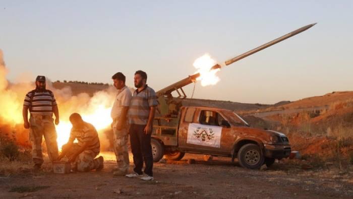 درعا: الجبهة الجنوبية تقصف حوض اليرموك.. وسقوط جرحى بينهم أطفال