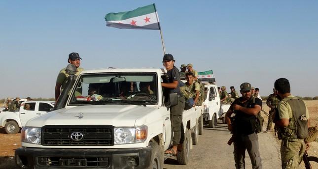 """درع الفرات تتقدم شمال سوريا.. ووزير تركي يقول إن القوات """"تحمي أوروبا من داعش"""""""