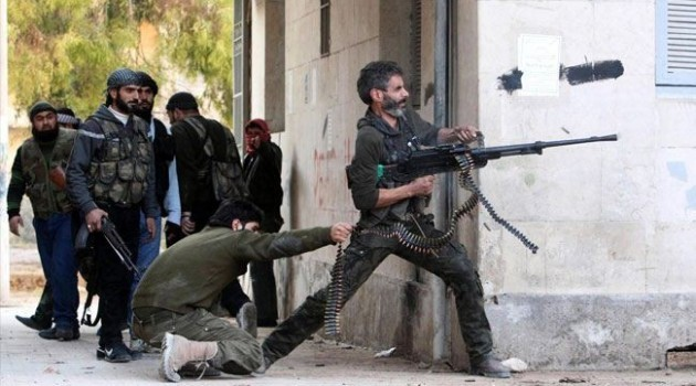 بعد التمهيد بـ 28 برميلاً.. النظام يحاول التقدم في الغوطة الغربية ويفشل