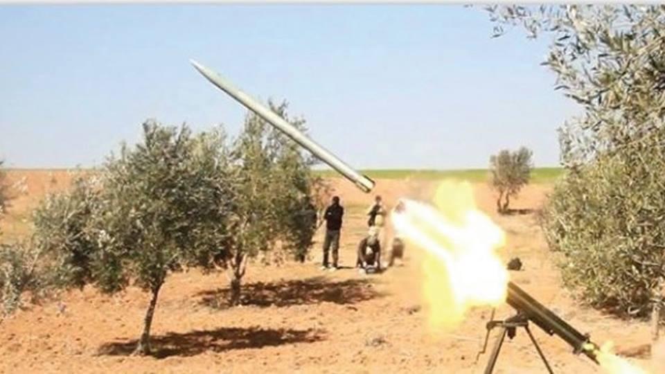 حماة: جرحى  بقصف جوي على مناطق سيطرة داعش.. والمعارضة تقصف محردة بالصواريخ