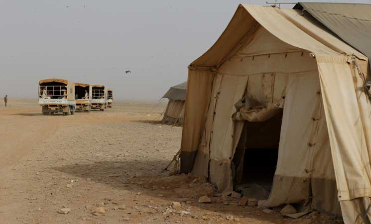 منشورات بتوقيع داعش تحذر النازحين في مخيمات البادية قرب الأردن من هجوم قريب