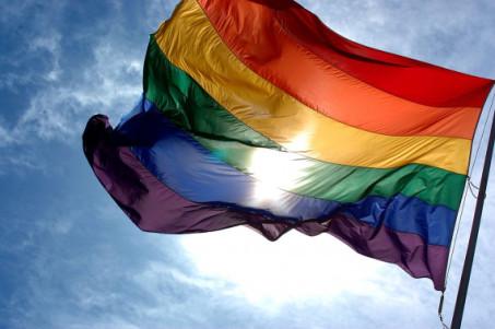 """في الغارديان.. ملك جمال المثليين السوريين: """"مسابقة الجمال ما هي إلا وسيلة للبقاء"""""""