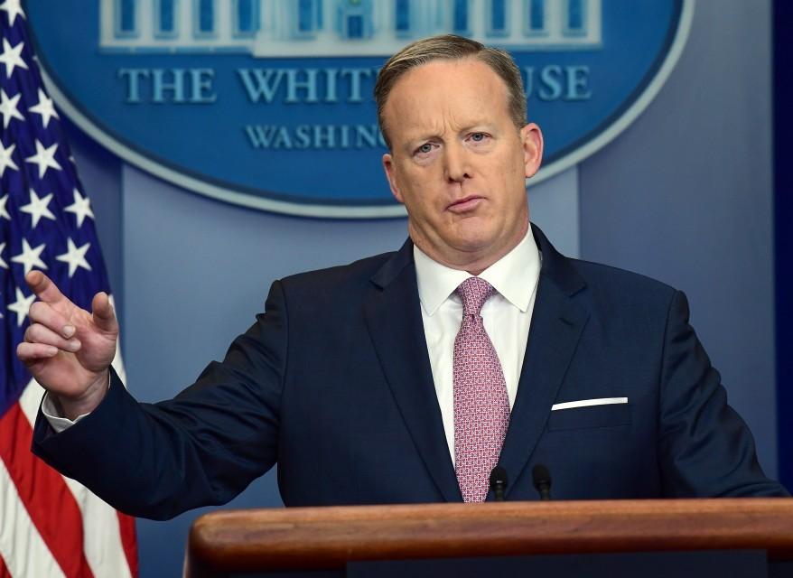 """أمريكا تعلن استعدادها قصف الأسد مجدداً إذا تكرر """"استخدام الكيماوي والبراميل"""""""