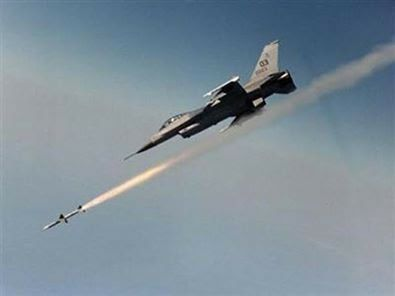 التحالف ينفذ عدة غارات على ريف دير الزور.. ومقتل مدنيين وعناصر لداعش
