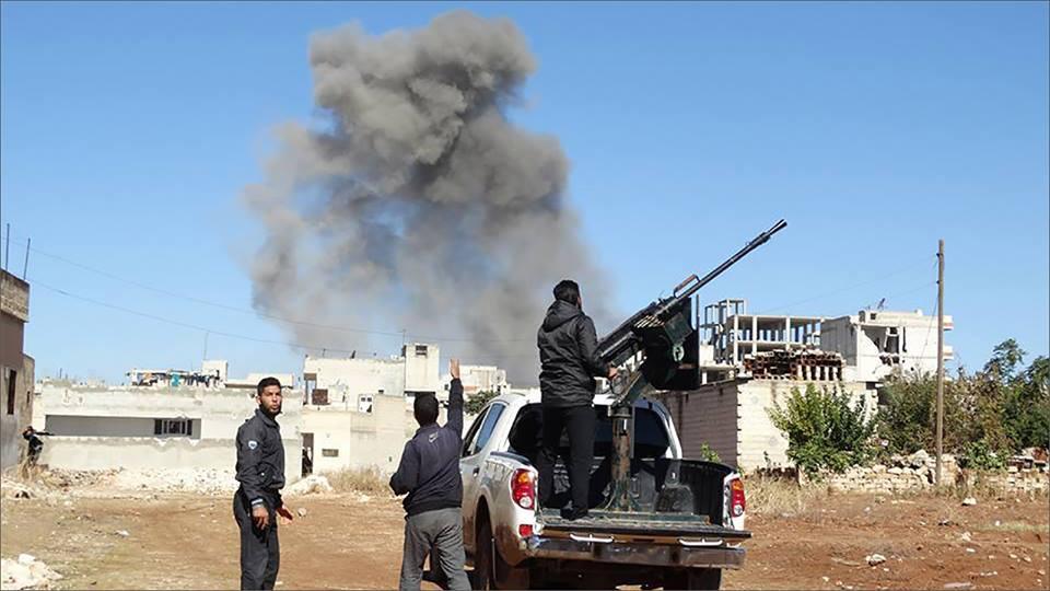 """رغم """"تخفيف التصعيد"""": النظام يحاول التقدم بريف حماة ويقصف حصرايا.. والمعارضة تتصدى"""