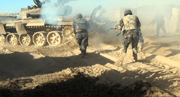 قوات النظام تعتقل شبانا ورجالا بدير الزور لسوقهم للخدمة الاحتياطية والإلزامية