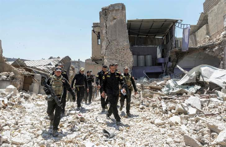 """القوات العراقية تسيطر على الفاروق في الموصل.. وقيادي يعد بانتهاء المعركة """"خلال أيام"""""""