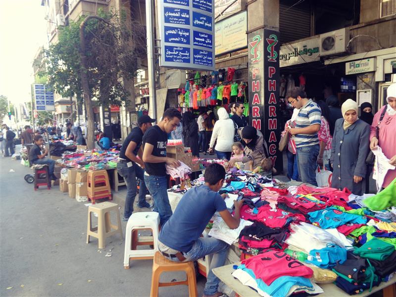 ما هي أسعار الألبسة قبيل العيد؟ ماركات عالمية ومحلية وبالة