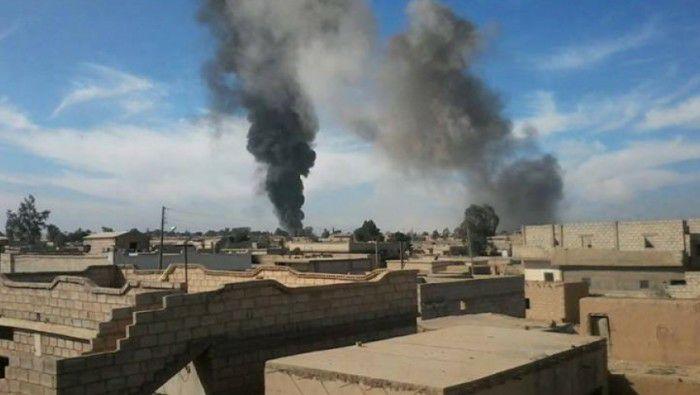ديرالزور: قتلى بينهم عائلة كاملة بغارات التحالف.. وداعش يدمر خزانات المياه في عدة قرى