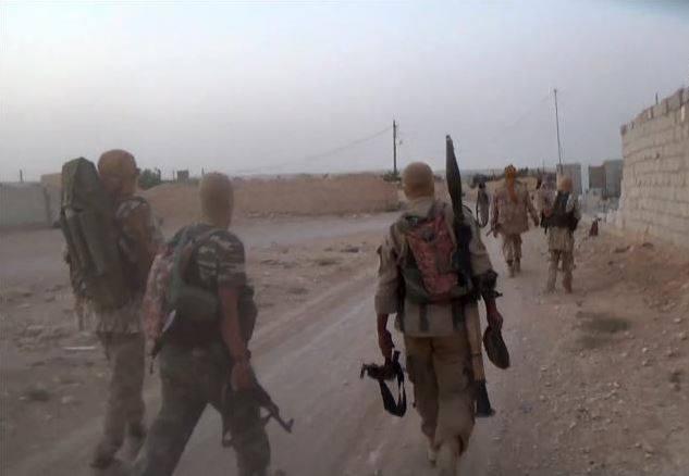 حمص: قتلى للنظام في مواجهات مع داعش.. وغارات مكثفة على مواقع التنظيم