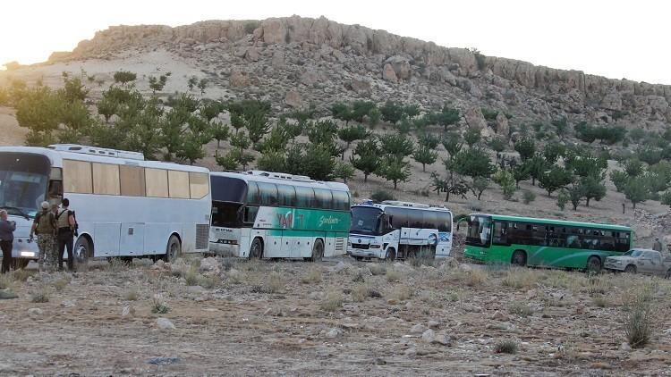 بعد تعثرها سابقاً.. عملية نقل فصيل معارض من لبنان إلى سوريا تبدأ اليوم