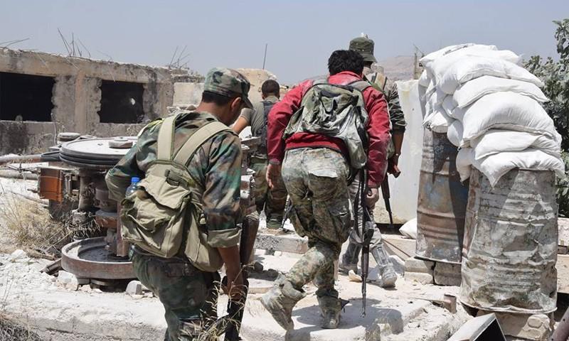 حمص: اشتباكات بين داعش والنظام.. الأخير يتقدم.. وأكثر من 60 غارة يومياً