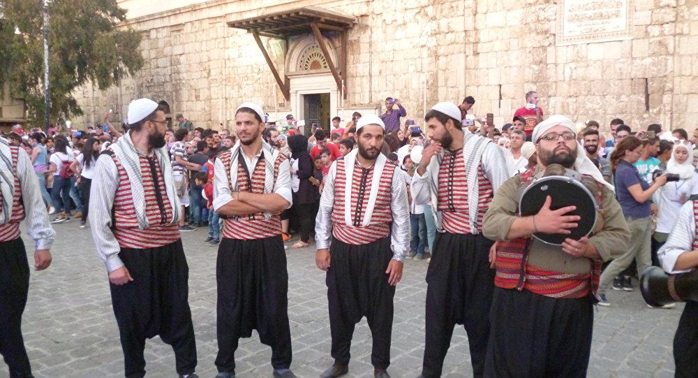 ساعة الفرح أو الحزن في سوريا بـ75 ألف ليرة سورية!