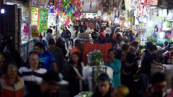 المكسيك.. سرقة محلات تجارية باستخدام وسائل التواصل الاجتماعي