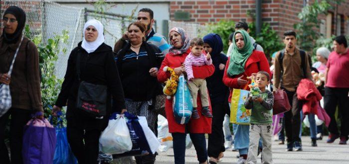 """منظمة حقوقة: تمديد منع لم الشمل لأسر اللاجئين بألمانيا """"انتهاك لحقوق الإنسان والطفل"""""""