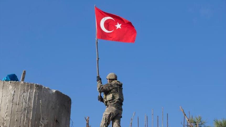 """حملة """"غصن الزيتون"""" تسيطر على برصايا وقسطل جندو بعفرين.. ورفع العلم التركي برأس الجبل"""