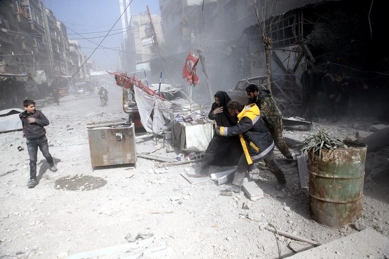أكثر من عشرين قتيلاً حصيلة قصف قوات النظام على الغوطة الشرقية