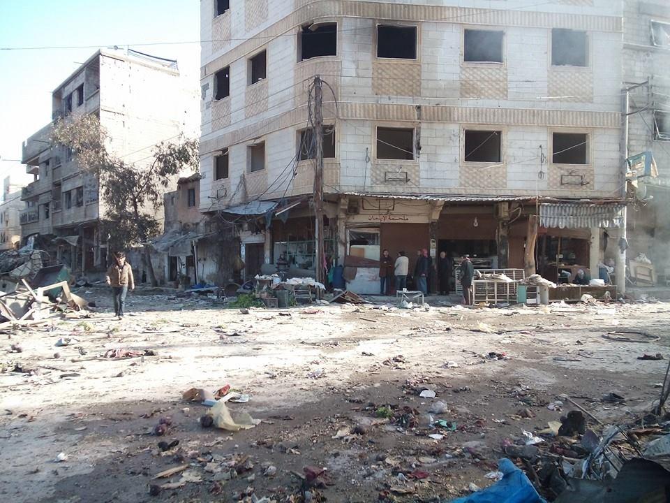 """25 حالة اختناق في حمورية ليلاً بـ""""الغازات السامة"""".. والنظام يعلن السيطرة عليها ومصادر تنفي"""