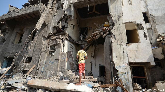 مقتل 7 أطفال بغارة للتحالف بقيادة السعودية استهدفت بناءً سكنياً في اليمن