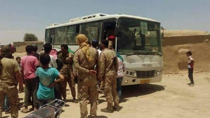 ديرالزور: قسد تعتقل مدنيين بتهمة إطلاق النار .. وقوات النظام تستولي على عدة منازل