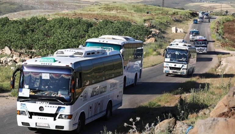"""تجهيز قافلتين للخروج من شمالي حمص إحداهما ستقل عناصر """"تحرير الشام"""""""