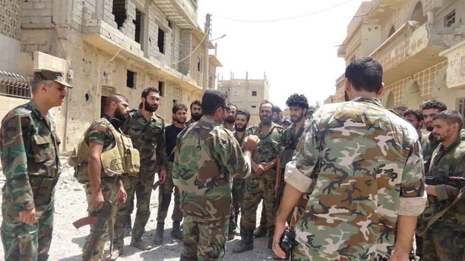 ديرالزور: إطلاق نار بين عناصر النظام يخلف قتلى بينهم.. ومخلفات داعش من الألغام تقتل رجل وامرأة